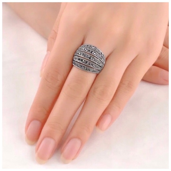 Pretty Girl Swag Jewelry Jewelry - 18K White Gold Plated Marcasite Pave Ring~Sz 7